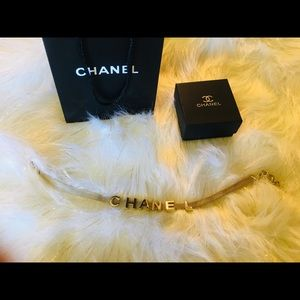 Chanel silver plated Letter chocker necklace